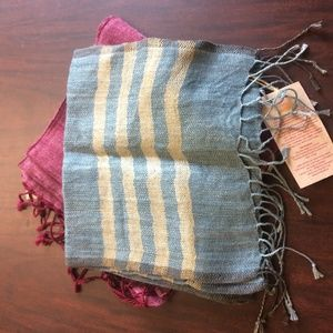 Hand-woven Naturally-dyed Indian Scarf